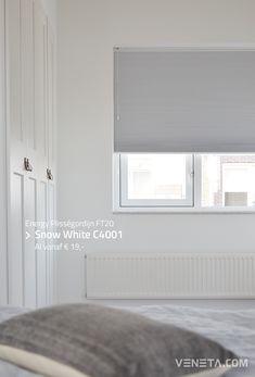 Een veelzijdige oplossing in ieder interieur: het plisségordijn. Geschikt voor elke ruimte en voor elk type raam! Houses, Curtains, Modern, Home Decor, Homes, Blinds, Trendy Tree, Decoration Home, Room Decor