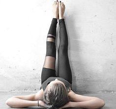 Sportlich oder sexy mit Leggings mit Netzeinsätzen. Hier entdecken und shoppen: http://sturbock.me/i6A