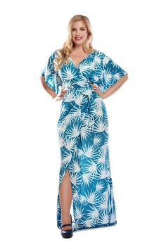 ccdc9b8d3 Vacation Outfit Inspiration: Palm Print Maxi Dress from Collectif  #vacationoutfit #tropical #maxidress