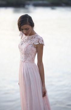 Tania Olsen Designs 'Latitia' bridesmaid dress // See more Tania Olsen Designs www.modernwedding.com.au #pastel #bridesmaids