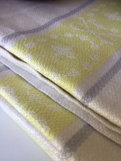 6 Vintage pure linen Almedahls woven Scandinavian hand towel kitchen towel set of 6 /greige/ yellow/ natural Vintage Textiles, Kitchen Towels, Scandinavian Style, Hygge, Hand Towels, Linens, Looks Great, My Etsy Shop, Pure Products