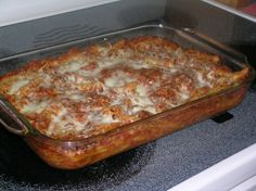 This recipe is from an old Pampered Chef cookbook. Simple and something my kids will eat. See note for OAMC instructions. Italian Recipes, Crockpot Recipes, Cooking Recipes, Pasta Recipes, Italian Meals, Dinner Recipes, Baked Mostaccioli, Chef Cookbook, Lotsa Pasta