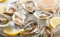 Oysters with Prosecco Mignonette by Chow. The acidity of mignonette sauce unlocks the bright flavors of fresh, briny oysters. Topping off the sauce with Prosecco adds a hint of sweetness—and some bubbles, of course. Mignonette Recipe, Mardi Gras, Oyster Shooter, Homemade Corned Beef, Shooter Recipes, New Years Eve Dinner, Oyster Recipes, Corn Beef And Cabbage, Irish Recipes