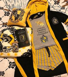 Likes, 93 Comments – The Hufflepuff Queen ( on Instag… - Hogwarts Objet Harry Potter, Mode Harry Potter, Estilo Harry Potter, Theme Harry Potter, Harry Potter Bedroom, Harry Potter Outfits, Harry Potter Love, Harry Potter Fandom, Harry Potter World