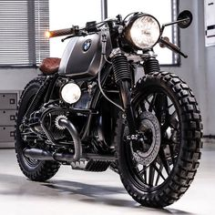 CAFE RACER | caferacergramさんはInstagramを利用しています:「The 'CRD 105' by @caferacerdreams was one of the bikes taken from their garage. @caferacerdreams basically invented this style of single…」