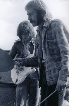 David Gilmour and Roy Harper at the Midsummer High concert , Hyde Park, London, England, United Kingdom, 1968, photograph by Ray Stevenson.