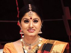 "Bio     Real Name  Sudha Chandran   Nickname  Sudha   Profession  Actress & Dancer   Physical Stats & More   Height (approx.) centimeters- 170 cm meters- 1.70 m Feet-Inches- 5' 7""   Weight (approx."