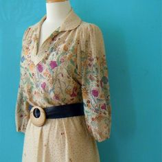 70s floral beige day dress https://www.etsy.com/listing/205208300/free-domestic-shippingvintage-70s-floral