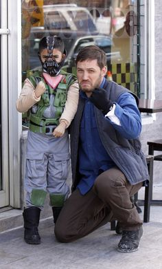 Tom Hardy And a Mini Bane [Cosplay] - I love this man for this reason