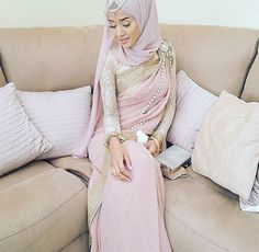 Stylish Hijab with Saree, Try This Beautiful References
