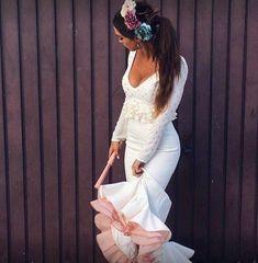 Luisa Montes con vestido Lolita de Sibilina Flamenca Lovely Dresses, Wedding Dresses, Photo Ideas, Outfits, Fashion, Bridal Gowns, Clothing, Gowns, Bride Dresses