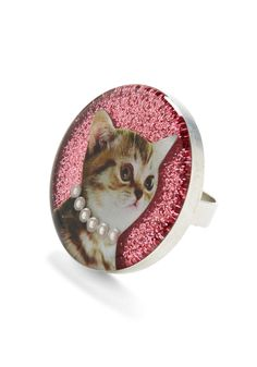 Glamour Cat Ring in Bootsie