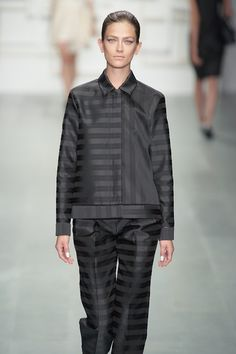 @Jackiejsleeplays with directional variations of stripes to create this androgynous and sophisticated look. #SS15 #LFW