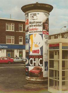 Reclamezuil. Totaal uit het straatbeeld verdwenen. My Childhood Memories, Sweet Memories, Vintage Toys, Retro Vintage, Holland Netherlands, Good Old Times, The Old Days, Picture Credit, Ol Days