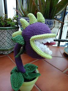¿Conocéis el juego Plants vs. Zombies? Entonces seguro que os suena esta planta carnívora. ¡Vemos cómo hacerla a crochet!