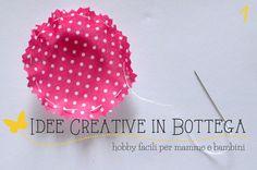 tutorial fiori di stoffa imbottiti passo 01 Cozy Corner, Fabric Flowers, Shabby, Crochet Hats, Fruit, Handmade Gifts, Sewing, Tutorial, Diy
