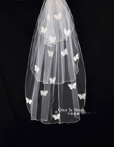 Free Shipping!Elegant White Butterfly Bridal Veil Long Multi-layer Veil Wedding Dress Bridal  Accessories QTS014 US $17.99