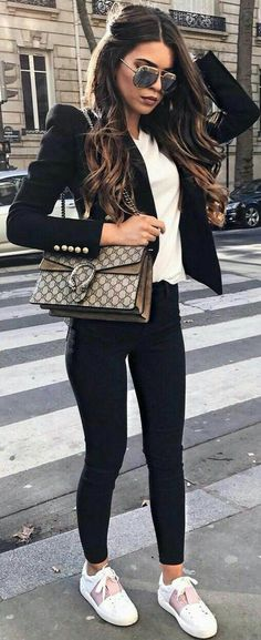outfits you don't want to miss business outfit 23 Business Outfits That Will Make You Say Wow Mode Outfits, Office Outfits, Fashion Outfits, Womens Fashion, Fashion Trends, Fashion Ideas, Fashion Guide, Office Attire, Fashion 2018