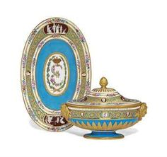 SUGAR, PLATEAU AND ITS COVER SOFT AND HARD PORCELAIN SEVRES MOUNT METAL DORE eighteenth century
