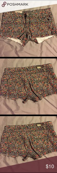 Floral shorts Floral jean shorts. Super cute just got too small for me. They are a stretchy jean material and have a small frill at the bottom Shorts Jean Shorts