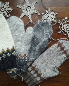 At my sisters in Nova Scotia with her lettlopi mittens galore #knittersofinstagram #lettlopi