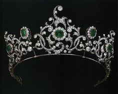 "heavyarethecrowns: "" Tiaras of the Devonshire Family. Duchess of Devonshire Emerald Tiara """