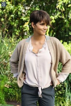 Halle Berry as Molly Woods in Extant #fashion #tvshows