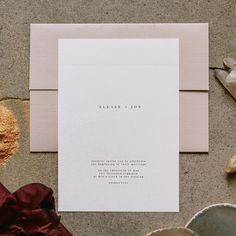 clean + simple, our favorite. close up of this invite we put together for a shoot with an amazing group of creatives (re: two posts back). we're taking just a couple more weddings for 2019 so that we can focus on creating all the new paper goods for our shop - fun things coming soon! ✉️ photo | @tiarrasorte #Regram via @euniandco