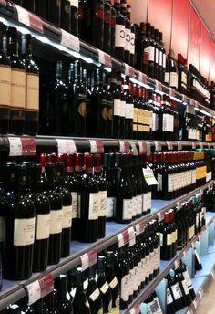 Suecia quiere prohibir las ventas online de alcohol  El gobierno de Suecia ha propuesto una nueva ley que hará ilegal para las tiendas en línea para vender alcohol a los consumidores suecos. Se prevé que las nuevas normas entrarán en vigor el 1 de enero de 2018. La ley es más probable que va en contra de la normativa de la UE y la Unión Europea ha rechazado tales propuestas antes. Sin embargo, puede ser una mala noticia para algunos vendedores de vino.  El sitio web Ecomony.com dio la…