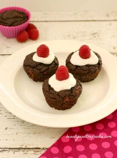 Frosted Chocolate Raspberry Cupcakes. Grain free, paleo and low carb with dairy free option. beautyandthefoodie.com