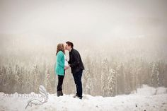 Winter Maternity Photography, love the pop of color Winter Maternity Photos, Maternity Poses, Maternity Portraits, Maternity Pictures, Maternity Photography, Winter Photography, Photography Ideas, Pregnancy Gender Reveal, Pregnancy Photos