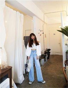 68 Ideas Fashion Asian Style Korean For 2019 Fashion Moda, 90s Fashion, Trendy Fashion, Fashion Outfits, Fashion Ideas, Korean Street Fashion, Korea Fashion, Asian Fashion, Korean Summer Outfits