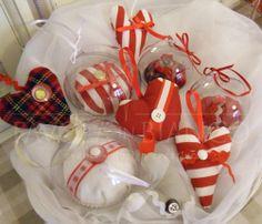 cuoricini e palline di plexi da appendere al vostro albero di Natale