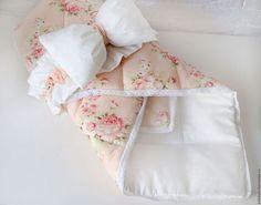 Купить или заказать Конверт на выписку в интернет-магазине на Ярмарке Мастеров. В НАЛИЧИИ !!! Теплое, мягкое, нежное, красивое, удобное и это все оно - одеяло-конверт из мягкого 100% хлопка . Осень-зима-весна ! Выполнено с двойным утеплителем. Одеяло-конверт послужит Вам как конверт на выписку,одеяло в кроватку, одеяло в коляску, коврик. А красивая объемная резиночка сделает Вашу выписку еще более нарядной и…