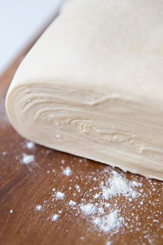 How to make puff pastry Pan Dulce, Mexican Food Recipes, Sweet Recipes, Dessert Recipes, Empanadas, Cakes And More, Love Food, Cupcake Cakes, Sweet Treats