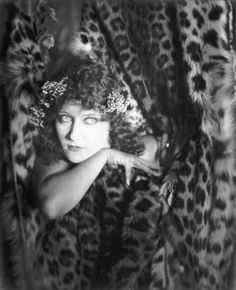 Gloria Swanson for 'Male and Female', Paramount Pictures.  Karl Struss, 1919