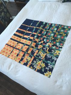 Yesterday I drove to Parrsboro to retrieve my quilts from the Art Lab Exhibit. No sales – wasn't expecting any. Lots of nice comments in the guest book, though. When we were hanging the… Quilting Tutorials, Quilting Designs, Quilt Design, Quilting Ideas, Panel Quilts, Quilt Blocks, Black And White Quilts, Bargello Quilts, Quilt Border