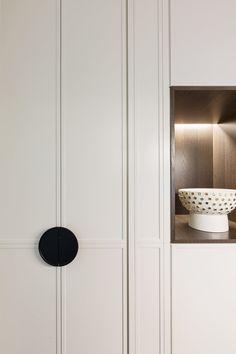 Wardrobe Door Designs, Wardrobe Design Bedroom, Wardrobe Doors, Built In Wardrobe, Japanese Interior, Cabinet Design, Diy Bedroom Decor, Home Decor, Interior Architecture