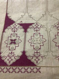This post was discovered by Ma Embroidery Patterns Free, Embroidery Art, Cross Stitch Embroidery, Crochet Patterns, Cross Stitch Charts, Cross Stitch Designs, Cross Stitch Patterns, Needlepoint Stitches, Needlework