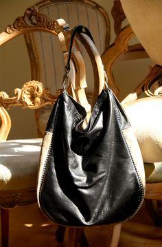 Shoulder bag,size-L. Ewa Wajnert.