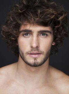 haircuts for men with curly hair, topless man with short beard and a mustache, brown eyes and bushy eyebrows, voluminous unruly brunette hair Medium Hair Cuts, Medium Hair Styles, Curly Hair Styles, Trendy Haircuts, Haircuts For Men, Curly Haircuts, Alex Libby, Messy Haircut, Haircut Men