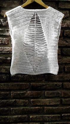 Fabulous Crochet a Little Black Crochet Dress Ideas. Georgeous Crochet a Little Black Crochet Dress Ideas. Débardeurs Au Crochet, Mode Crochet, Crochet Stitches, Crochet Patterns, Crochet Skirt Pattern, Filet Crochet, Craft Patterns, Crochet Ideas, Crochet T Shirts