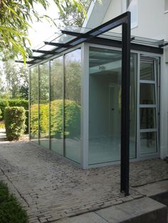 serre on pinterest facade architecture vans and greenhouses. Black Bedroom Furniture Sets. Home Design Ideas