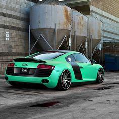 Vibe Audi R8