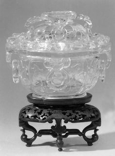 Covered bowl - 18th century China - rock cristal