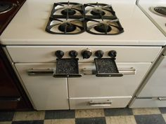 Appliances chang 39 e 3 and storage drawers on pinterest for What is the bottom drawer of an oven for