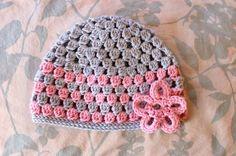 Alli Crafts: Free Pattern: Cluster Hat - 9-12 Months ✿⊱╮Teresa Restegui http://www.pinterest.com/teretegui/✿⊱╮