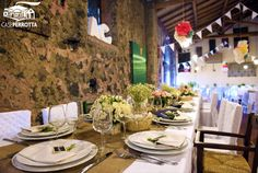 Allestimento per matrimonio sala Cantina in stile country chic