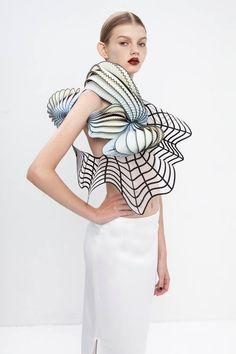 L'impression 3D dans la mode ! Démonstration avec la fashion designer Noa Raviv !