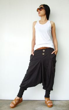 Charcoal Cotton Jersey Casual Harem Pants with Unique Pockets. More of a casual spin Drop Crotch Pants, Look Fashion, Womens Fashion, Fashion Design, Fashion Ideas, Weird Fashion, Classy Fashion, Fashion Edgy, Lazy Outfits